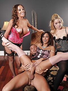 Hotwife legs sex pics