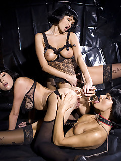 Lena Cova Suzie Carina And Zoe Private