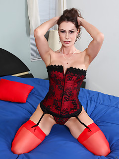 Anilos.com - Freshest mature women on the net featuring Anilos Nora Noir lingerie mature