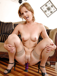 Anilos.com - Freshest mature women on the net featuring Anilos Sadie free anilos gallery