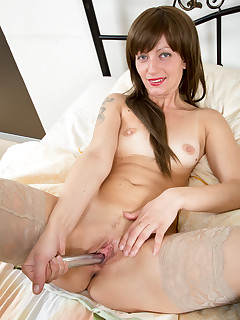 Anilos.com - Freshest mature women on the net featuring Anilos Lisa Xxx milf site