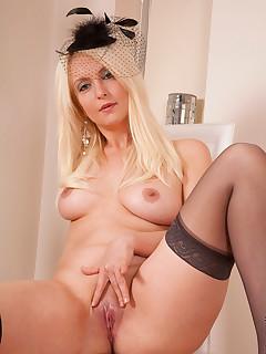 Anilos.com - Freshest mature women on the net featuring Anilos Yolanda anilos exposed