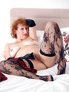 Anilos.com - Freshest mature women on the net featuring Anilos Naomi Xxx free mature porn