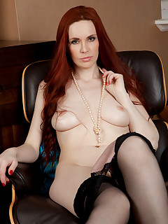 Anilos.com - Freshest mature women on the net featuring Anilos Mystique milf nextdoor