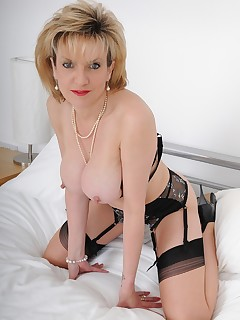 Lady Sonia - lady sonia afternoon in bed