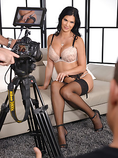Titillating Tell All - Titties & Toys With Jasmine Jae free photos and videos on 1By-Day.com