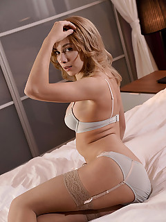 Newcomer Dazzles us free photos and videos on DDFNetwork.com
