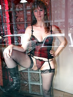 Redlightsextrips Book your own hooker today!