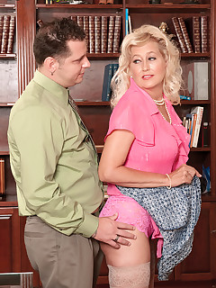 40 Something - This Marina Is Full - Marina Johnson and John Strange (43 Photos)