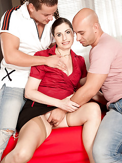 50 Plus MILFs - Czech out the DP'd MILF! - Lorenzia, Jay Dee, and Neeo (52 Photos)
