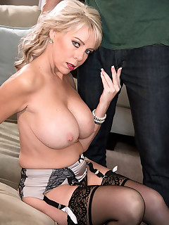Scoreland - MILF Of The Month - Tarise Taylor and Carlos Rios (55 Photos)