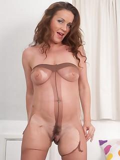 Ripped legs sex pics