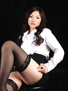 Super hot teacher Mayumi Takara shows off | Japan HDV