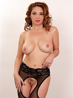 sexy and young brunette kiki daire naked woman photos shaved pussy